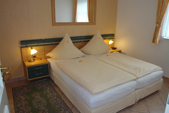 Wohnung Jever - Schlafzimmer 2
