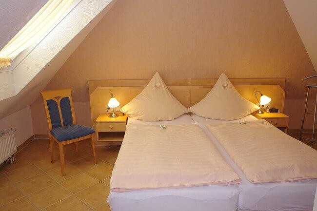 Wohnung Köln - Schlafzimmer 3 | Gästehaus Martina & Diana