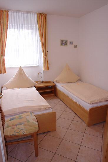 Wohnung Schillig - 2. Schlafzimmer 1